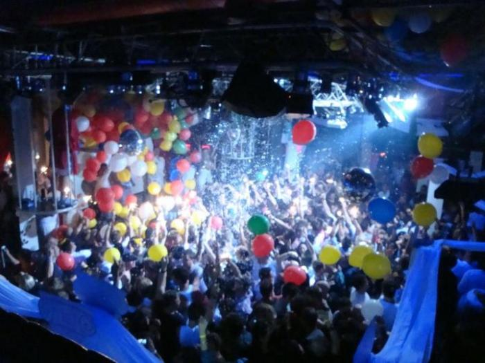Recess Nightclub, a tour attraction in