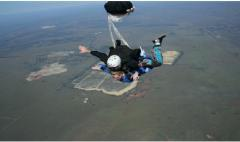 Skydiving in Johannesburg, a tour attraction in EGoli iNingizimu Afrika