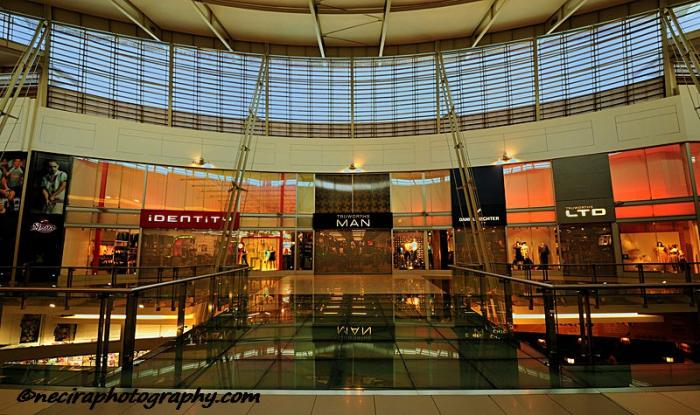 Greenstone Mall, a tour attraction in Edenvale iNingizimu Afrika