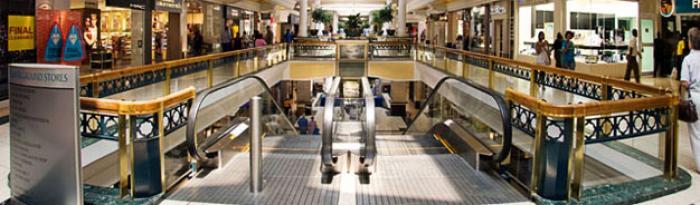 Cresta Shopping Centre, a tour attraction in Randburg iNingizimu Afrika