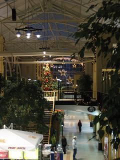 Killarney Mall, a tour attraction in EGoli iNingizimu Afrika