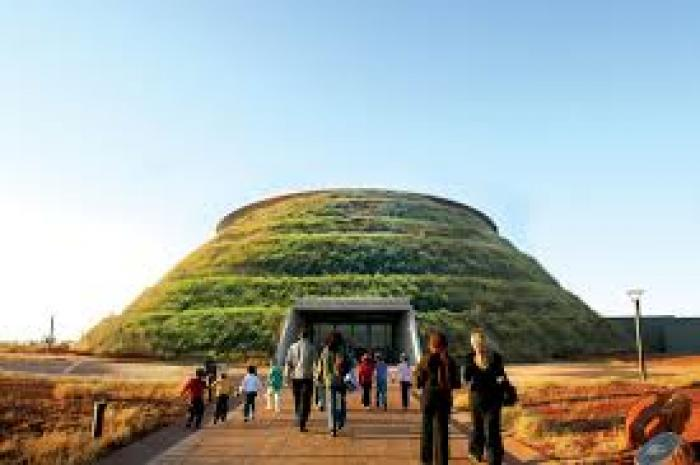Cradle of Humankind, a tour attraction in Midrand iNingizimu Afrika