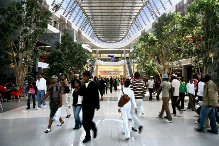 Maponya Mall, a tour attraction in Soweto iNingizimu Afrika