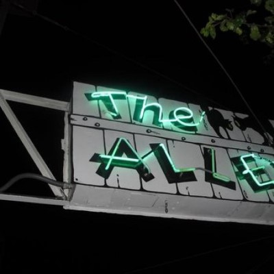 The Alley, a tour attraction in Oakland United States