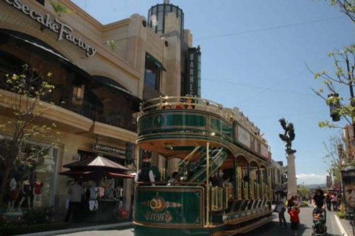 The Grove, a tour attraction in Los Angeles United States