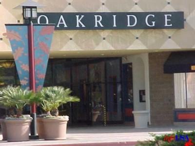 Oakridge Mall, a tour attraction in San Jose United States