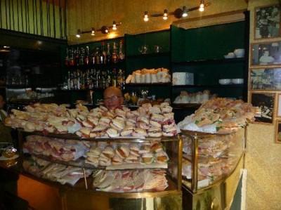 Bar G.b., a tour attraction in Milano, MI, Italia