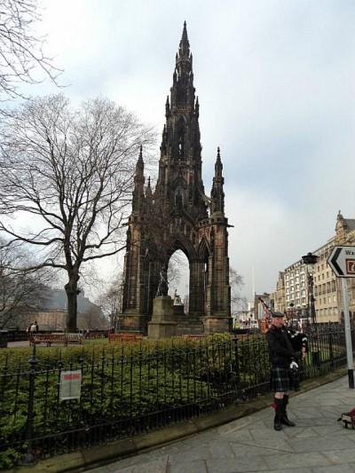Scott Monument, a tour attraction in Edinburgh, United Kingdom