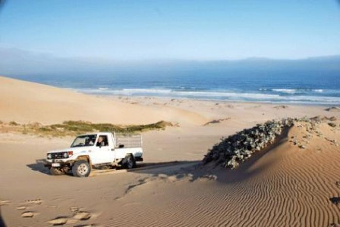 The Vleesbaai 4 x 4 Dune Route, a tour attraction in The Garden Route South Africa