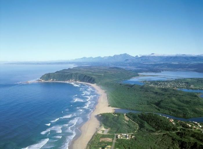 Route between Mossel Bay and George, a tour attraction in The Garden Route South Africa