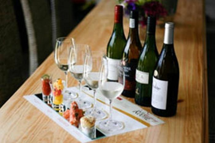 The Tramonto Tasting Room, a tour attraction in The Garden Route South Africa