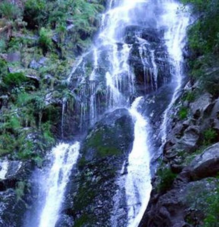 Rust en Vrede waterfall, a tour attraction in The Garden Route South Africa