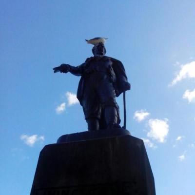 Livingstone Monument, a tour attraction in Edinburgh, United Kingdom