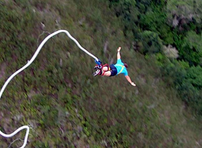 Bungee Jumping Plettenberg Bay, a tour attraction in The Garden Route South Africa