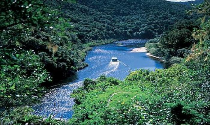 Keurbooms River Ferry, a tour attraction in The Garden Route South Africa