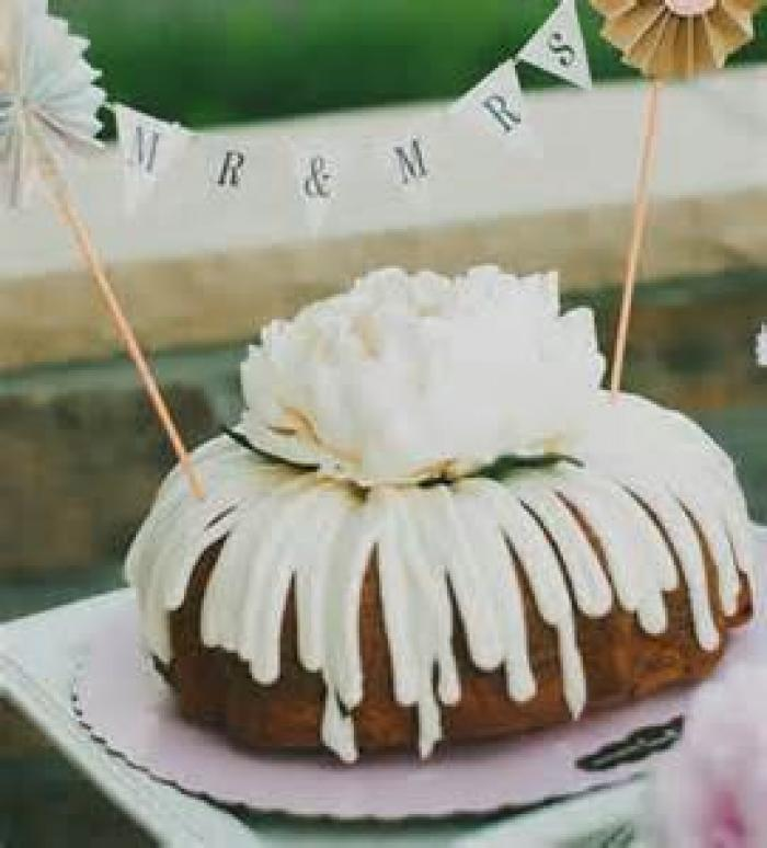 Nothing Bundt Cakes, a tour attraction in Mckinney